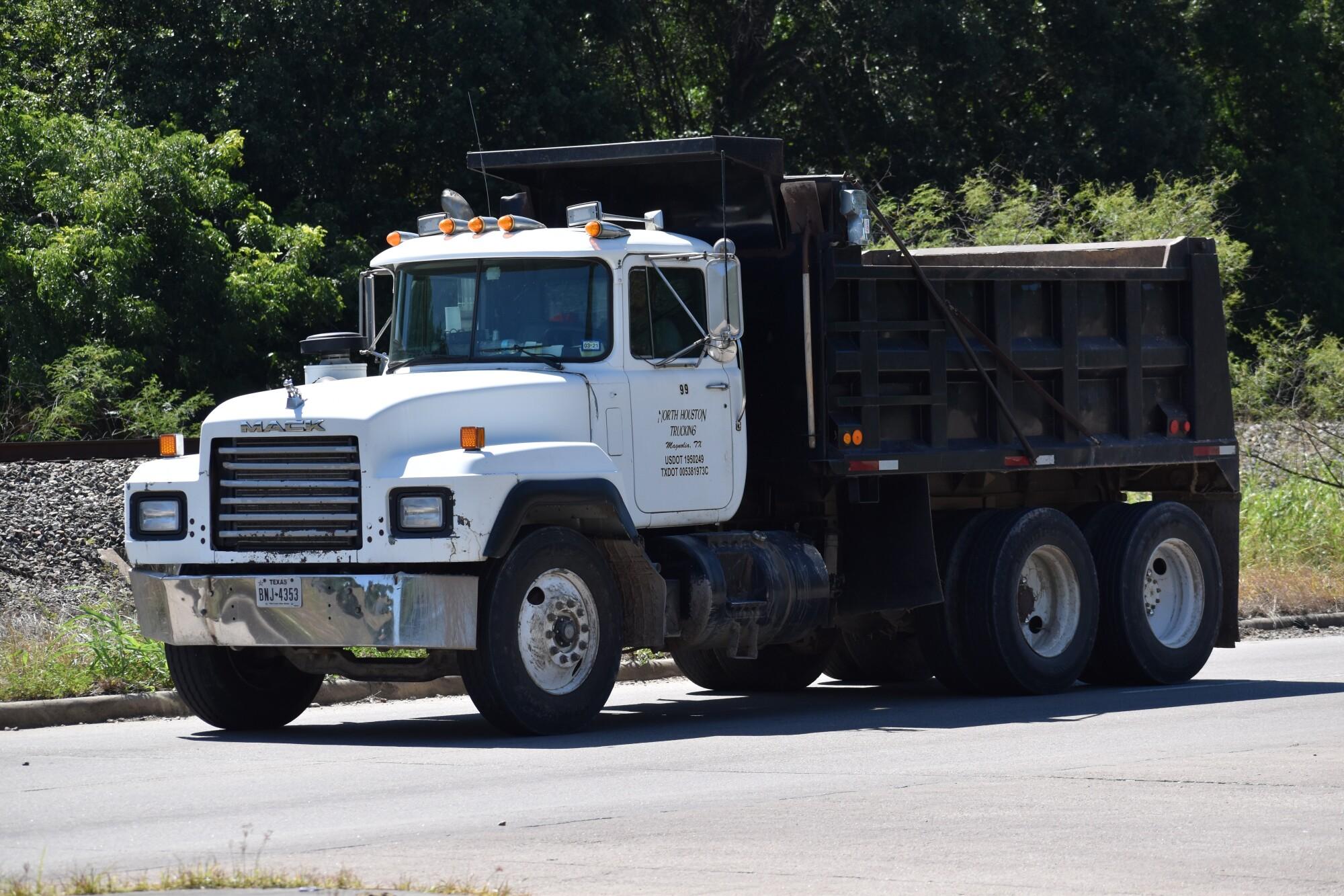 Start a Dump Truck Business